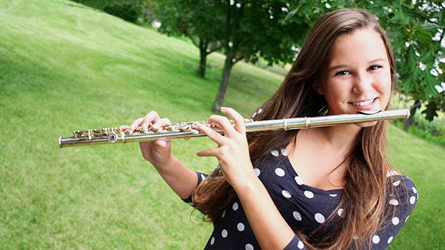 flute_girl_teen