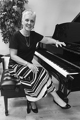 Pamela Hughes, piano